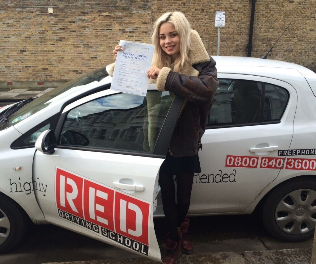 Nina Nesbitt passes driving test